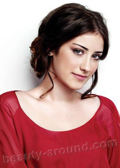 http://www.beauty-around.com/images/sampledata/TURKEY_WOMen/10.hazal-kaya.jpg
